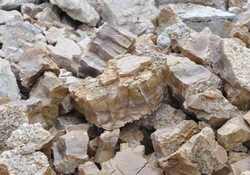 电熔铝酸钙